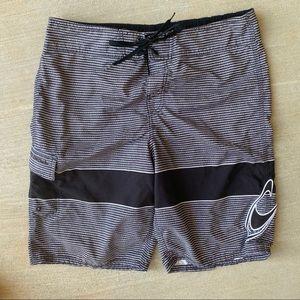 4/25 O'Neill black white striped swim trunks